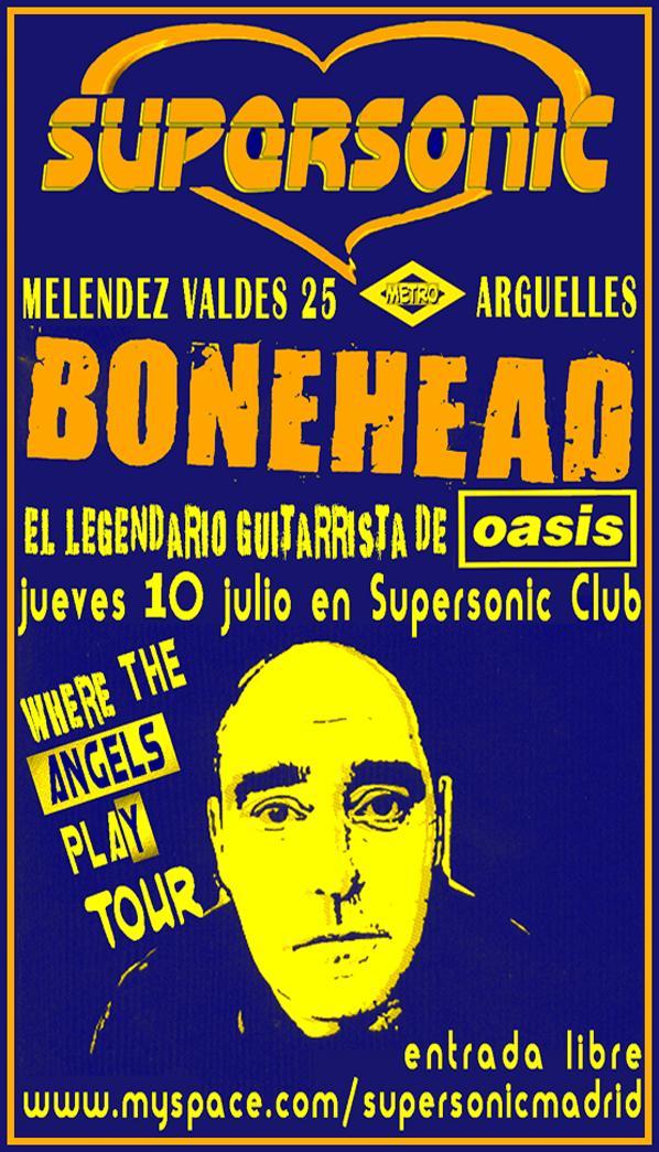 DJ Bonehead (Oasis) en el Supersonic