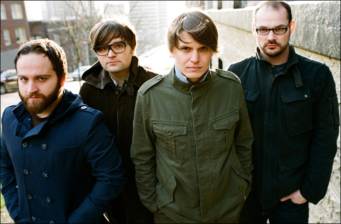Enganchadísimo al Codes and Keys de Death Cab For Cutie