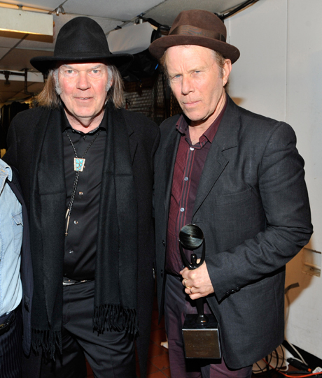 Tom Waits entra en el Rock n Roll Hall Of Fame de la mano de Neil Young