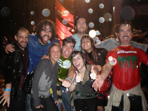 Crónica del Primavera Sound 2008 III, Sábado: Morente se impone y Romántico baila bajo la lluvia