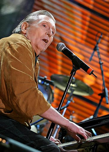 Jack White producirá un disco en directo de Jerry Lee Lewis para el Record Store Day