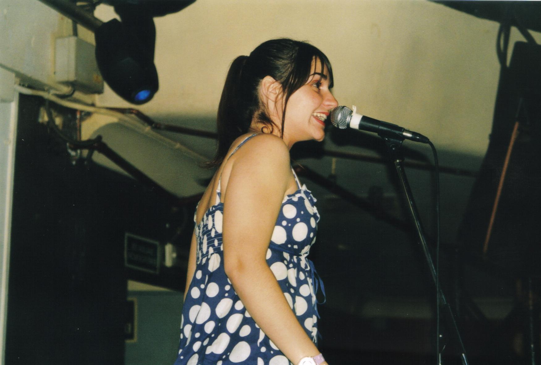 Crónica de la presentación del ContemPOPranea 2008 en el Ocho-y-medio: Salvados por La Monja Enena