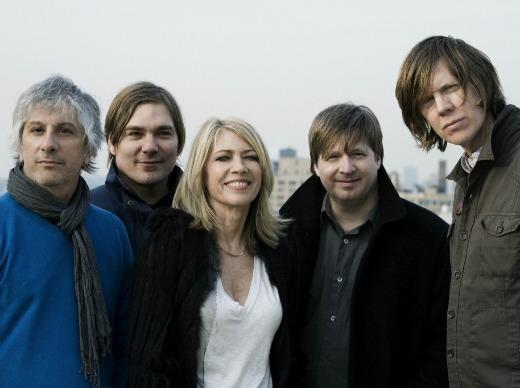 Sonic Youth preparando la reedición de Bad Moon Rising y Sister, un disco en directo y una banda sonora