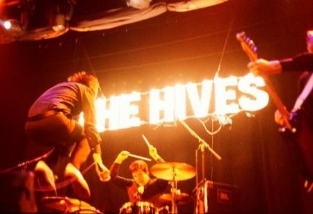 the-hives-vienen.jpg