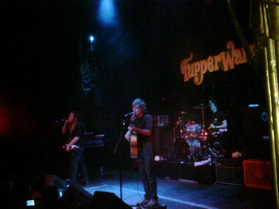Nada Surf y Gold Lake @Joy Slava @15 aniversario del Tupperware